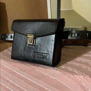 Vintage leather belt bag/fanny pack